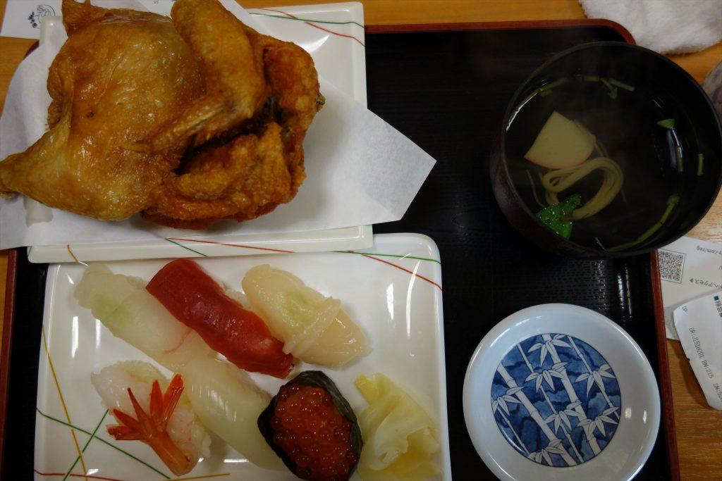 ごはんの代わりにお寿司をつけることも可能です。